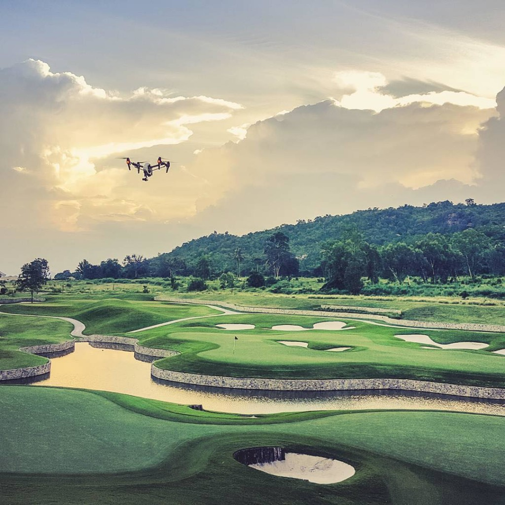 drone images of golf courses